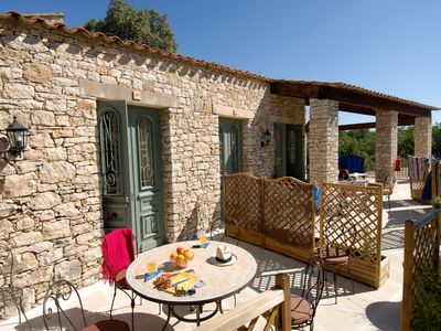 Photo for Holidays in the heart of the countryside of Provence
