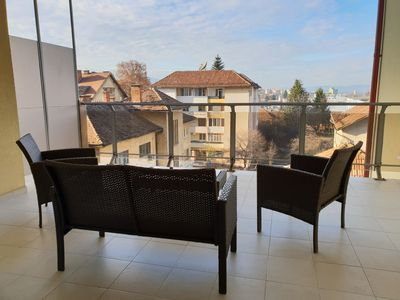 Spacious, bright, warm apartment, perfect for families or groups
