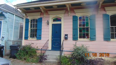 NEW Orleans Bywater Beauty