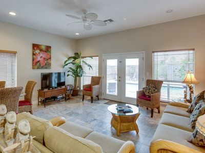 Photo for Spacious townhome with a private pool, near family-friendly attractions!