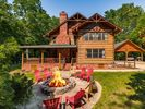 5BR Cabin Vacation Rental in Hendersonville, Tennessee