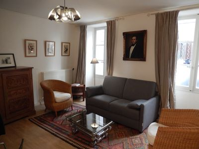 Photo for Charming 1 bedroom apartment  at the foot of the Palace of the Popes