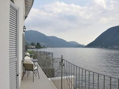 Photo for Apartment with terrace on Lake Iseo.