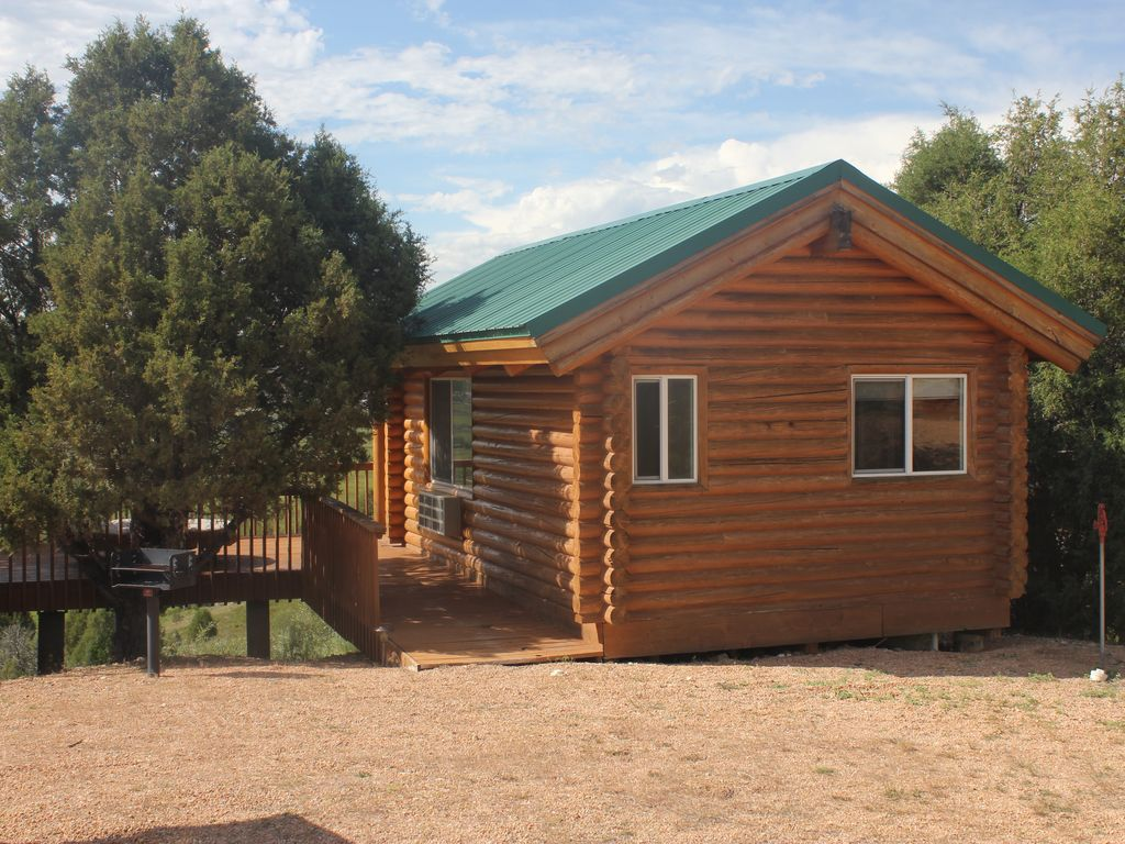 Property Image#3 Log Cabin On 280 Acre Sevier River Ranch   25 Mins To