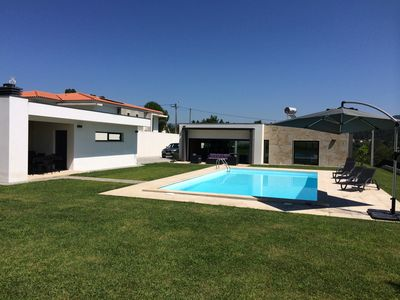 Photo for Large villa with private swimming pool, close to Braga