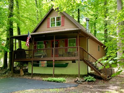 """★★ The """"Dam"""" Place - Summersville Lake & Dam Cabin - Clean and Comfortable! ★★"""
