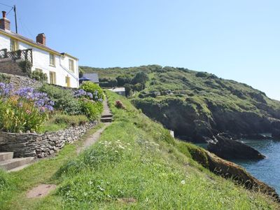 cotytage heartease holiday catering portloe self peninsula cottages accommodation cottage roseland
