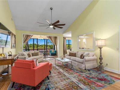 Photo for 2 bedroom 2bathroom condo/ golf and yacht club,  monthly discounts $105 a night!
