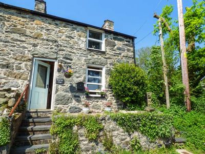 Photo for BWYTHYN CLYD, pet friendly, with open fire in Tal-Y-Bont, Ref 934545