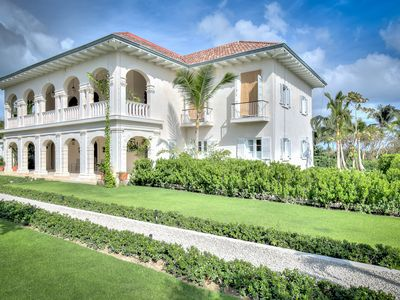 Photo for Rare Tuscany-like Villa overlooking the Beach in Puntacana Resort & Club