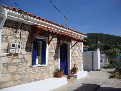 Our cottage is at the end of a little alley of 3 houses - quiet, private, safe.