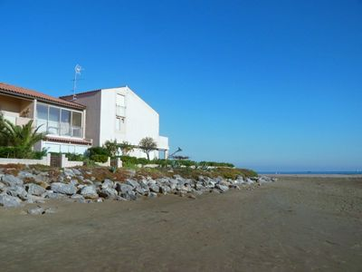 Photo for One bedroom Villa, sleeps 4 with Pool, WiFi and Walk to Beach & Shops