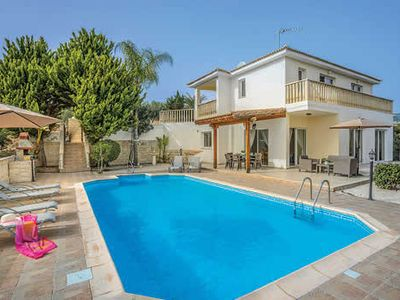 Photo for Modern 3BR villa close to popular resort and beach with a pool and Wi-Fi