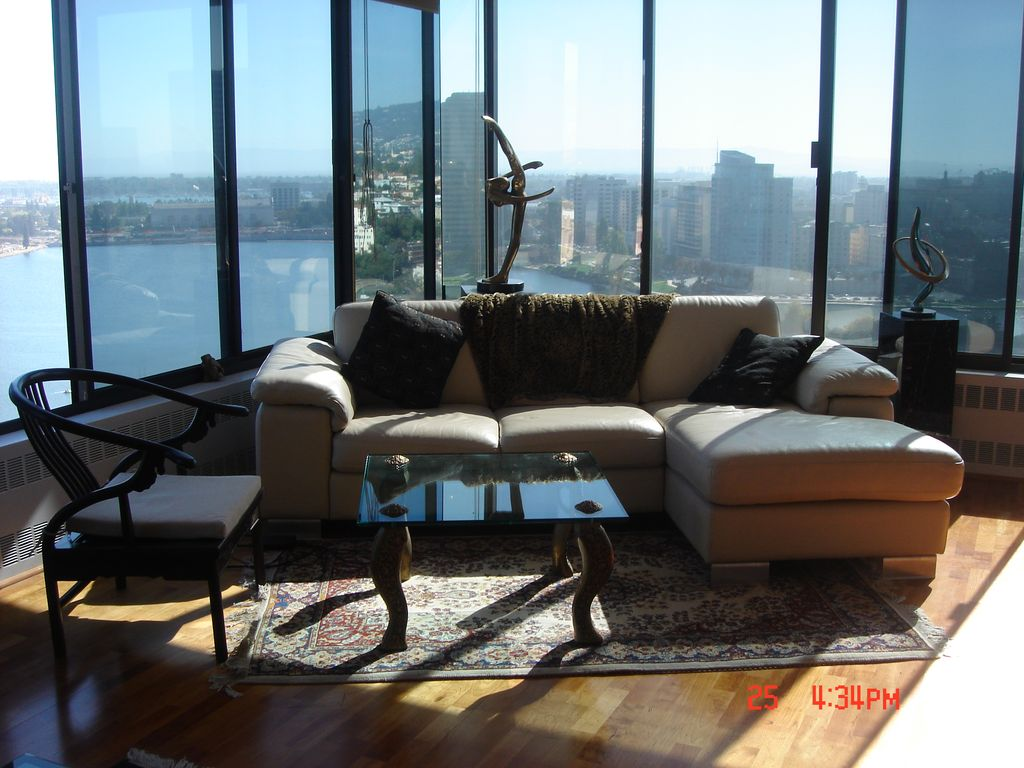 Manhattan Style Executive/ Resort Living With Unobstructed Lake & Bay Views