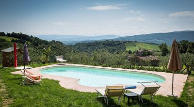 Photo for Country house with pool in a panoramic position on the Valdera