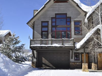 Photo for Affordable Luxury 4-Bedroom Townhome Near Gondola
