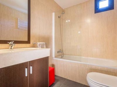 Photo for 1 bedroom apartment (4 adults) sn