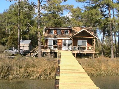 Photo for Chesapeake Bay Secluded Waterfront Log Cabin