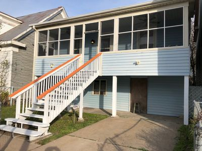 Photo for Summer Vacation House in Galveston! Walk to the Beach! Child and Pet Friendly