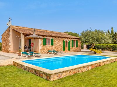 Photo for Cosy Country House with Pool, Wi-Fi, Garden and Terrace; Parking Available