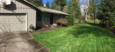 Photo for Three bed, two bath house that's a 5 minute stroll to Multnomah Village.