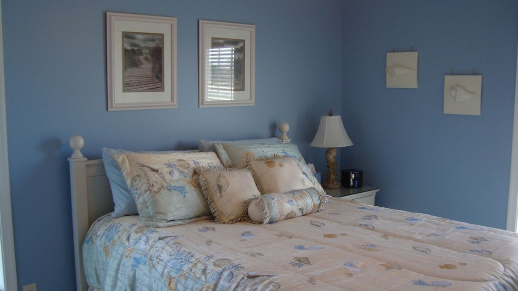 OCEANSIDE 4 BEDROOM NORTH BEACH HAVEN - SPACIOUS AND CONVENIENT