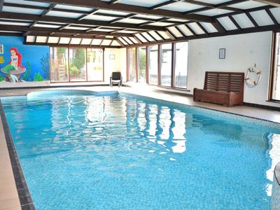 Photo for Delightful 2 bedroom cottage in beautiful Devon countryside, indoor pool & sauna