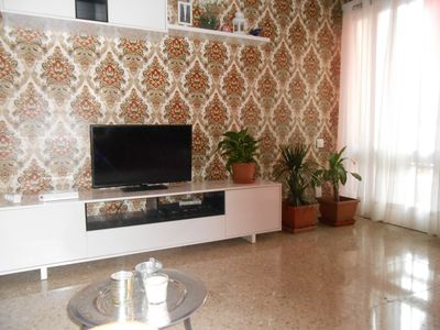 Photo for Nice and comfortable apartment one step away from all the attractions of Alicante
