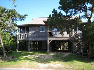 Photo for Beach Therapy:  Dog friendly, spacious interior and screened porches.