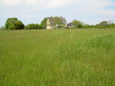 surrounded by a 100 acres of farmland-MUCH PRIVACY!