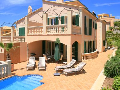 Photo for Luxury villa with pool and jacuzzi in Cala Ratjada for 6 people