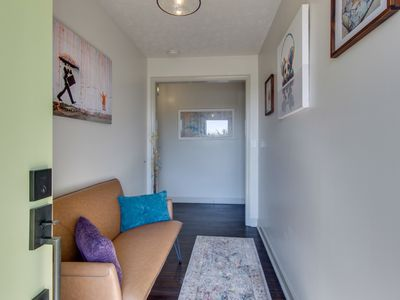 Photo for East Nashville -Cool & Cozy- NO CLEANING FEE