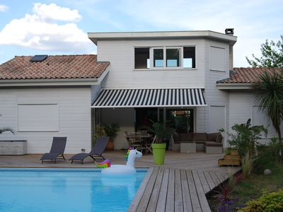 Photo for Family villa, quiet, near Bordeaux and Arcachon bay