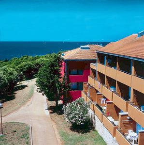 Photo for Holiday apartment Holiday Complex Lanterna **