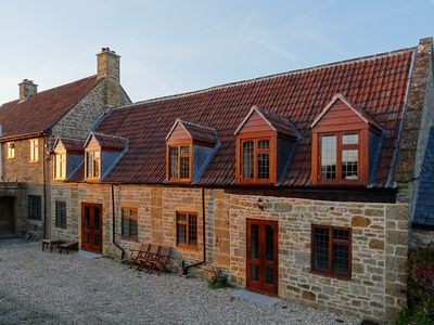 Photo for Lovely 3 Bedroom Barn conversion - Village Centre