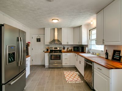 Photo for Cozy, Charming & Close to Downtown!