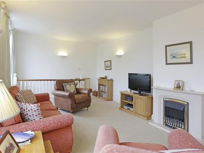 Photo for Lorne House - Three Bedroom House, Sleeps 5