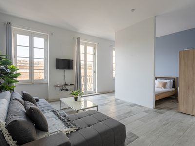 Photo for LOVELY VALLETTA DUPLEX WITH ROOFTOP TERRACE AND AMAZING VIEWS!