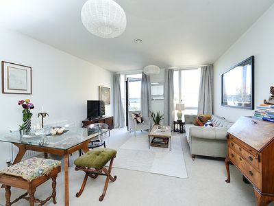 Photo for Stylish One Bedroom Apartment near Notting Hill