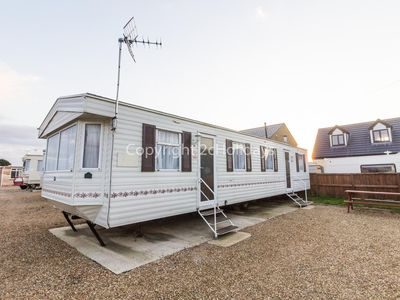 Photo for 8 berth pet friendly mobile home in Hunstanton for seaside holidays ref 13004