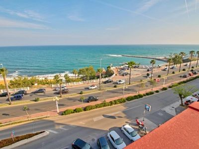 Photo for Spacious and beautiful apartment on the beach in Benalmadena