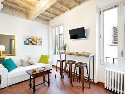 Photo for Bright flat - up to 4 guests - centre of Florence