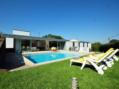 Photo for 4 bedroom Villa, sleeps 8 in Venade with Pool, Air Con and WiFi