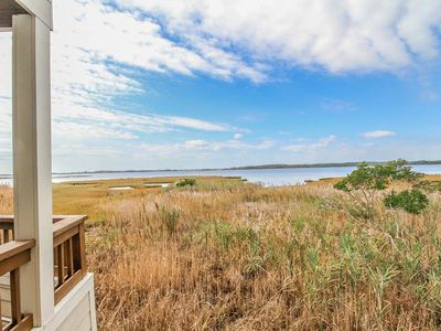 Photo for F64KG: 3BR Bayfront TH in Kings Grant ! Community Pool, Short Walk to Beach