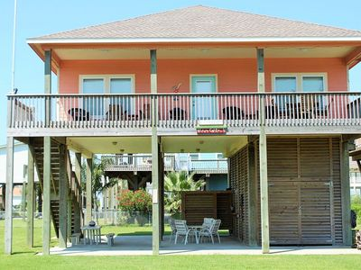Photo for Relax at Wineaux Chateau! Close to the beach ~ Sleeps 10 comfortably.