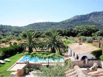 Photo for Pollenca Holiday Home, Sleeps 10 with Pool and Air Con