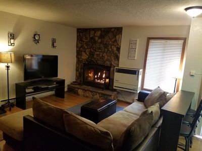 Photo for RELAX AND ENJOY THE MOUNTAINS! SLEEPS 9. 3 bdrm/2 bath,  1st Floor!