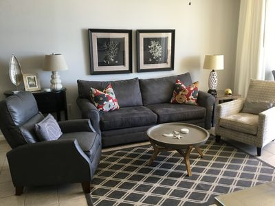Photo for Check out great Fall rates! 3Bedroom Kg/Kg/Qn + 3Bath