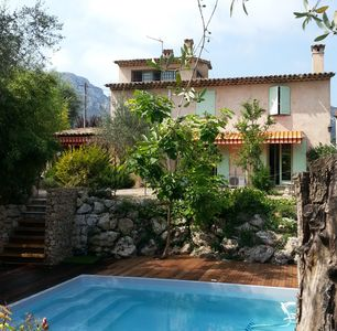 Photo for Beautiful independent villa with private pool and large garden near Vence
