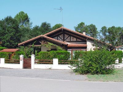 Photo for Villa 6 pers - near the lake and beaches SO102
